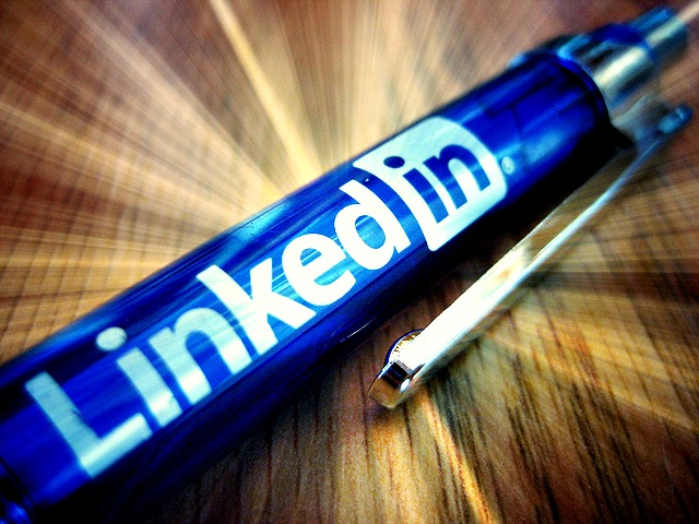 Time for a Makeover? 3 Ways to Optimize Your LinkedIn Profile